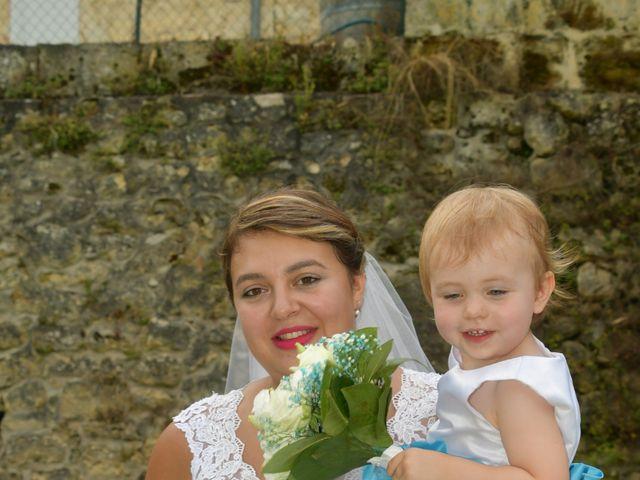 Le mariage de Emilien et Morgane à Cubzac-les-Ponts, Gironde 15