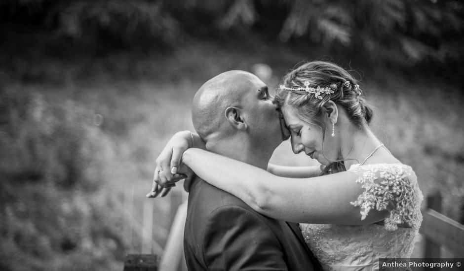 Le mariage de Yoann et Aurélie à Saint-Martin-la-Plaine, Loire