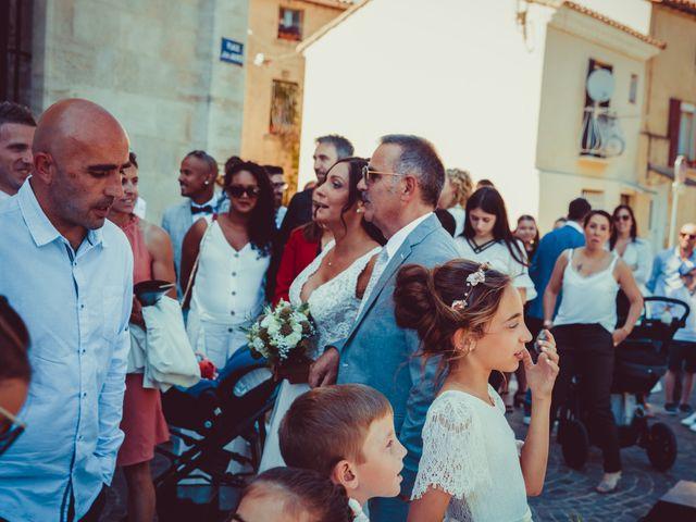 Le mariage de Benjamin et Amandine à Saint-Gilles, Gard 10
