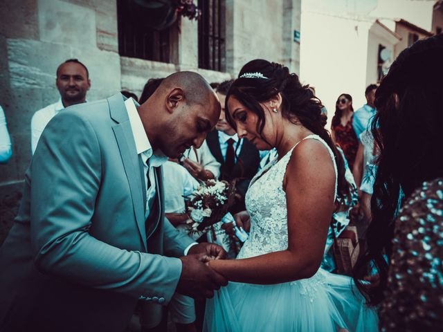 Le mariage de Benjamin et Amandine à Saint-Gilles, Gard 12
