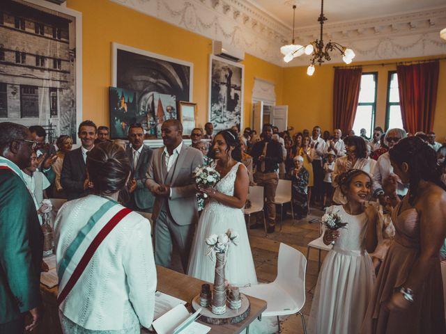 Le mariage de Benjamin et Amandine à Saint-Gilles, Gard 16