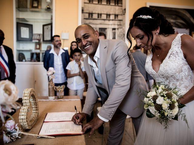 Le mariage de Benjamin et Amandine à Saint-Gilles, Gard 24