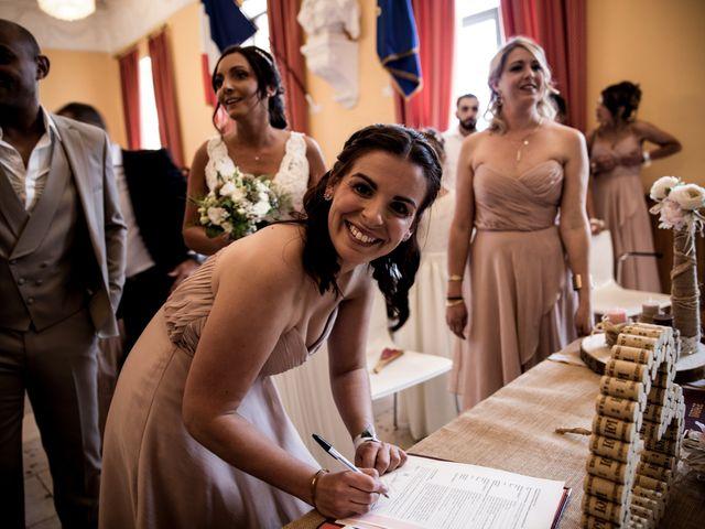 Le mariage de Benjamin et Amandine à Saint-Gilles, Gard 26