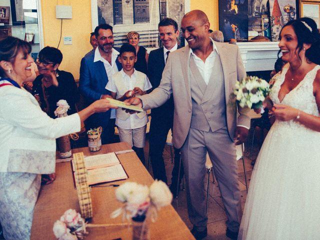 Le mariage de Benjamin et Amandine à Saint-Gilles, Gard 29