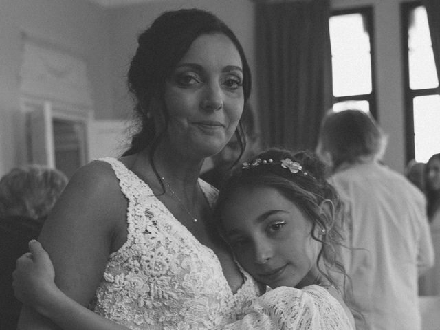 Le mariage de Benjamin et Amandine à Saint-Gilles, Gard 32