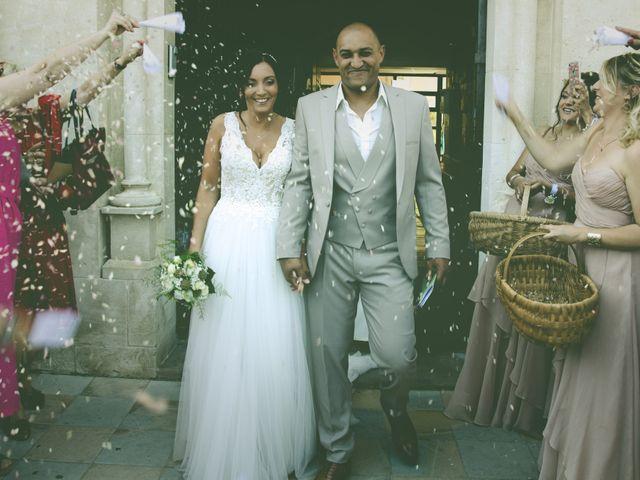 Le mariage de Benjamin et Amandine à Saint-Gilles, Gard 36