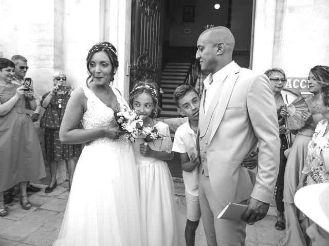 Le mariage de Benjamin et Amandine à Saint-Gilles, Gard 42