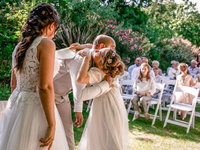 Le mariage de Benjamin et Amandine à Saint-Gilles, Gard 61