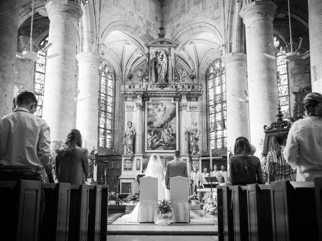 Le mariage de Aurélien et Lucie à Le Neubourg, Eure 38
