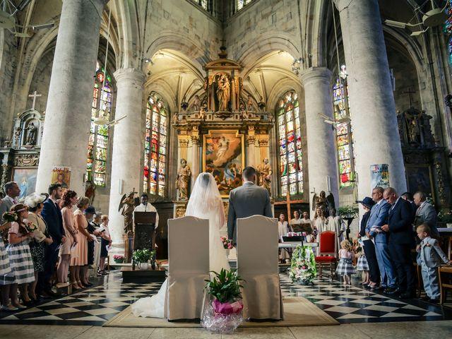 Le mariage de Aurélien et Lucie à Le Neubourg, Eure 39