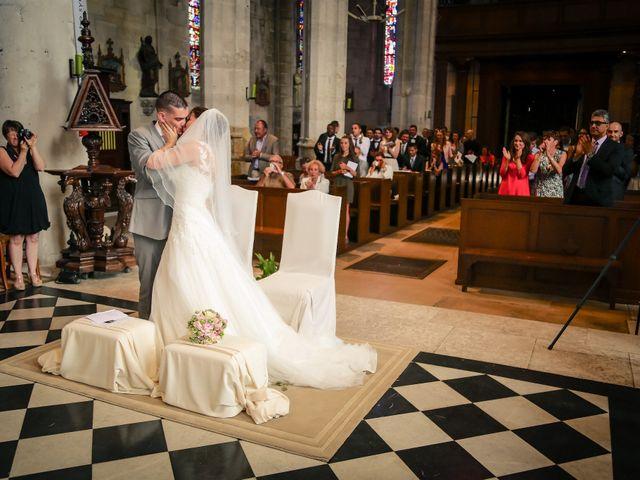 Le mariage de Aurélien et Lucie à Le Neubourg, Eure 43