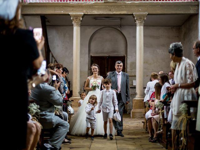 Le mariage de Adrien et Claire à Nevers, Nièvre 14