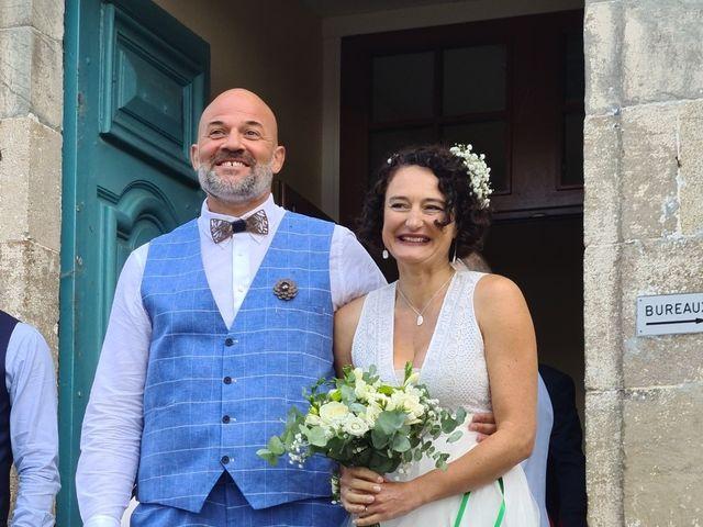 Le mariage de Etienne et Céline à Vigeois, Corrèze 11