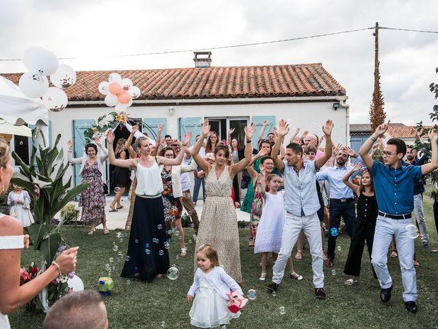 Le mariage de Benoît et Fanny à Les Gonds, Charente Maritime 33