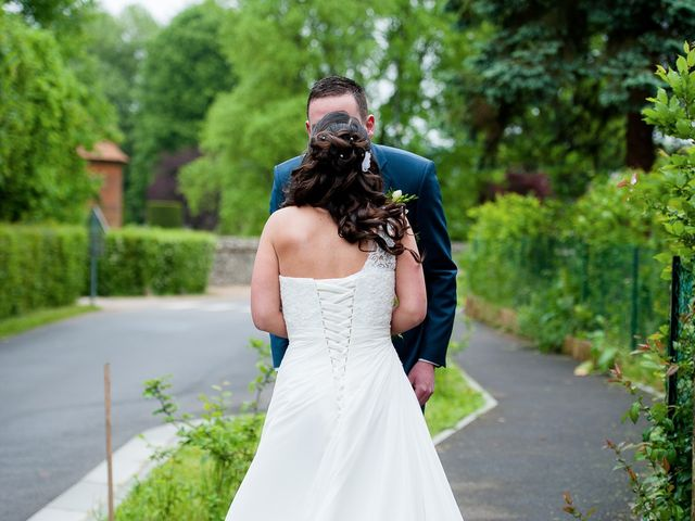 Le mariage de Bastien et Sara à Les Hogues, Eure 16
