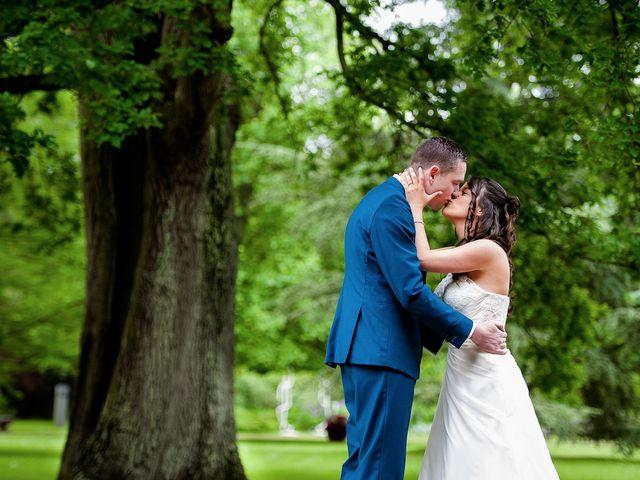 Le mariage de Bastien et Sara à Les Hogues, Eure 20