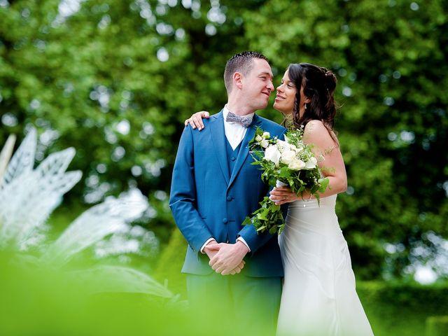 Le mariage de Bastien et Sara à Les Hogues, Eure 29