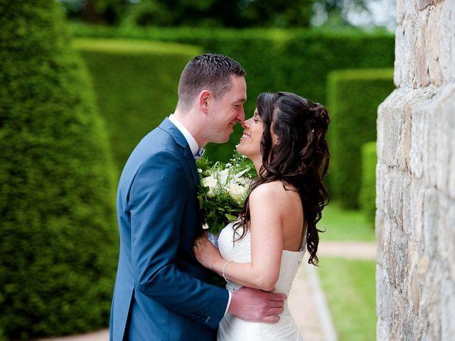 Le mariage de Bastien et Sara à Les Hogues, Eure 31