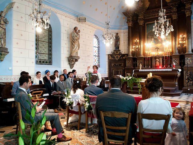 Le mariage de Bastien et Sara à Les Hogues, Eure 50