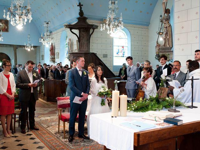 Le mariage de Bastien et Sara à Les Hogues, Eure 51