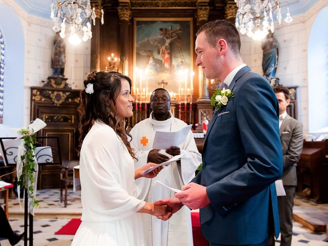 Le mariage de Bastien et Sara à Les Hogues, Eure 55