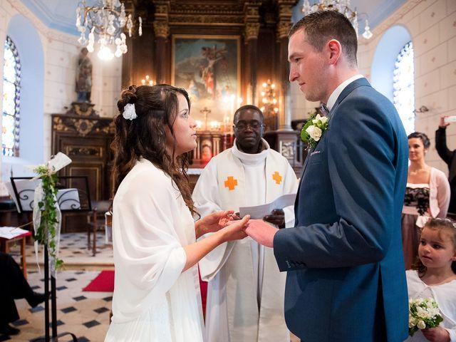 Le mariage de Bastien et Sara à Les Hogues, Eure 57
