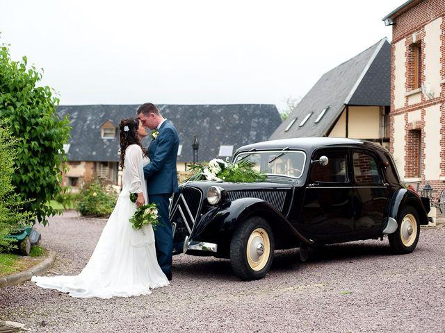 Le mariage de Bastien et Sara à Les Hogues, Eure 65