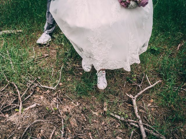 Le mariage de Eric et Marie à Chambles, Loire 14