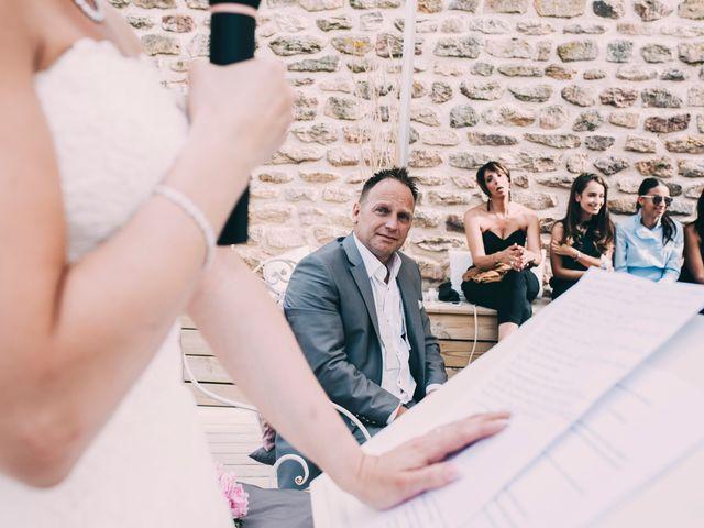 Le mariage de Eric et Marie à Chambles, Loire 23