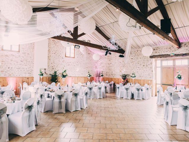 Le mariage de Eric et Marie à Chambles, Loire 30