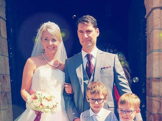 Le mariage de Mickaël et Vanessa  à Merlevenez, Morbihan 3