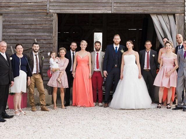 Le mariage de Loïc et Angélique à Dienville, Aube 85