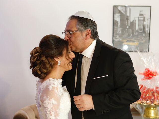 Le mariage de Dan et Prescilia à Vincennes, Val-de-Marne 43