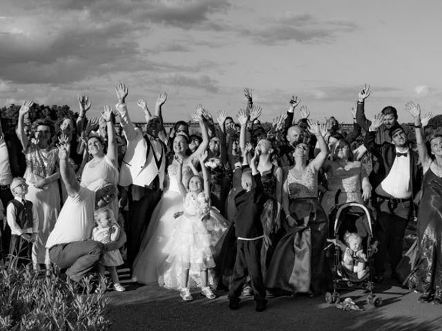 Le mariage de Tommy et Cécilia à Audun-le-Tiche, Moselle 23