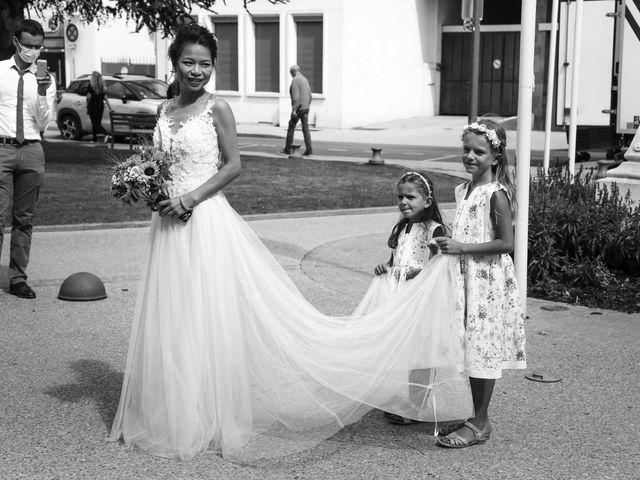 Le mariage de Pierre et Yuelian à Carrières-sur-Seine, Yvelines 31
