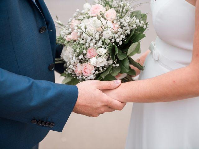 Le mariage de Julien et Justine à Royan, Charente Maritime 5