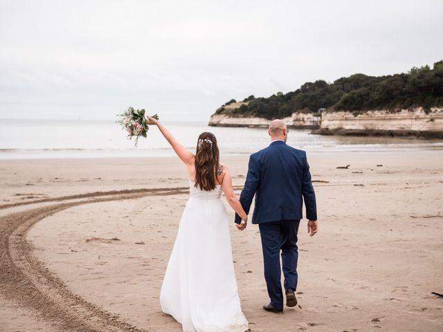 Le mariage de Julien et Justine à Royan, Charente Maritime 17