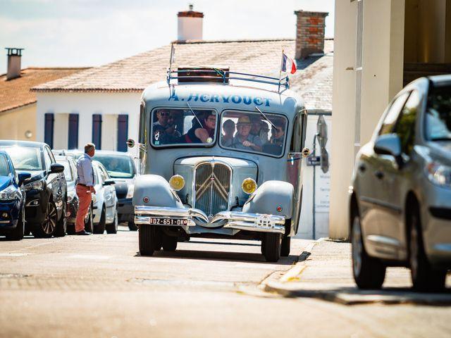 Le mariage de Adèle et Henry à Saint-Hilaire-de-Riez, Vendée 1