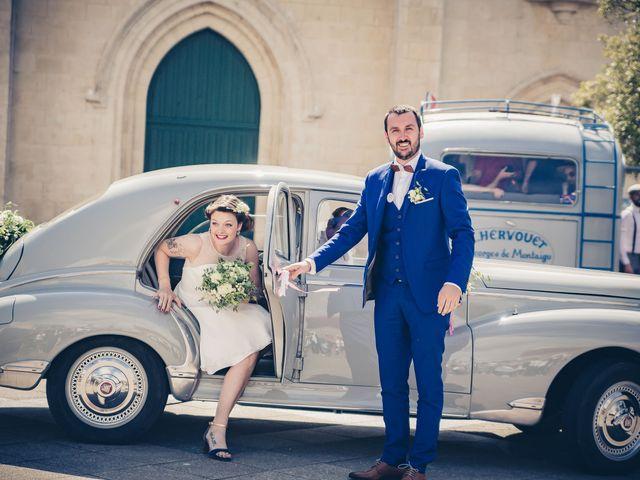 Le mariage de Adèle et Henry à Saint-Hilaire-de-Riez, Vendée 15