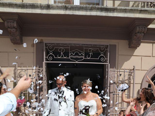 Le mariage de Alain et Laetitia à Bellegarde, Gard 11