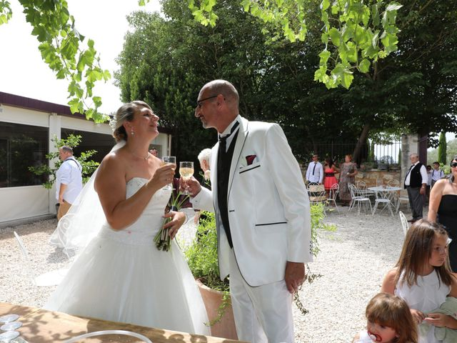 Le mariage de Alain et Laetitia à Bellegarde, Gard 15