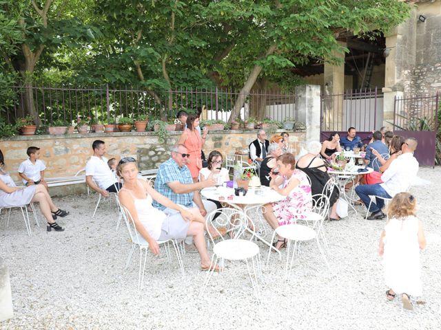 Le mariage de Alain et Laetitia à Bellegarde, Gard 19