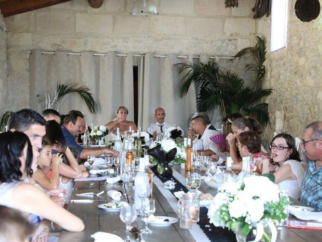Le mariage de Alain et Laetitia à Bellegarde, Gard 23