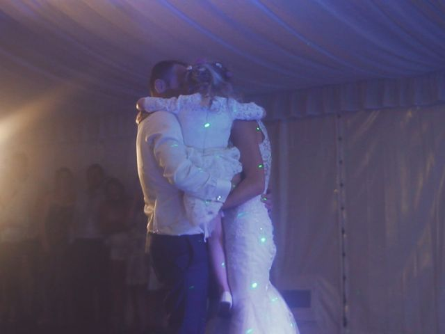 Le mariage de Jean Michel et Anna Léna à Les Écrennes, Seine-et-Marne 31
