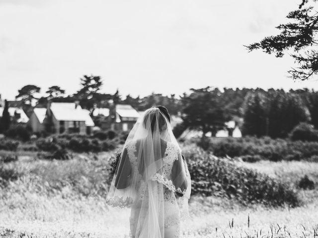 Le mariage de Romain et Mélodie à Saint-Briac-sur-Mer, Ille et Vilaine 1