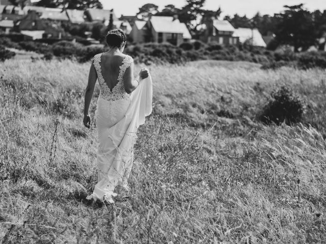 Le mariage de Romain et Mélodie à Saint-Briac-sur-Mer, Ille et Vilaine 30