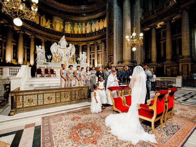 Le mariage de Chistophe et Justine à Paris, Paris 31