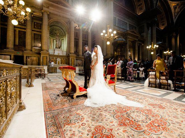 Le mariage de Chistophe et Justine à Paris, Paris 35