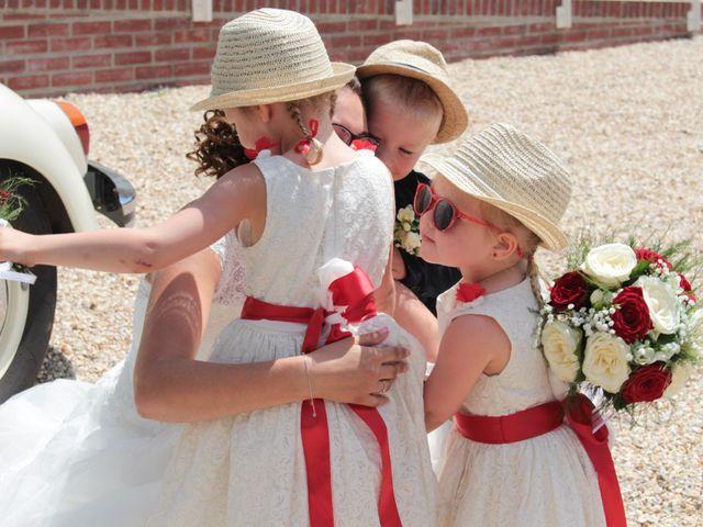 Le mariage de Loulou et Elodie à Hennezis, Eure 31