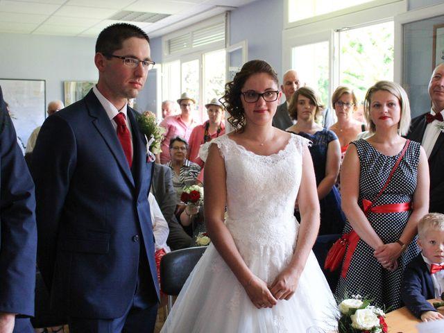 Le mariage de Loulou et Elodie à Hennezis, Eure 34